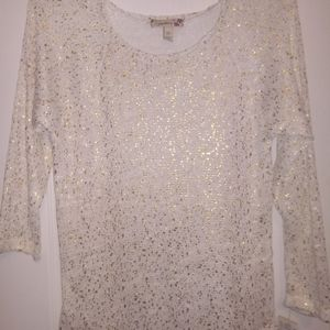 Lightweight sweater with gold sparkle